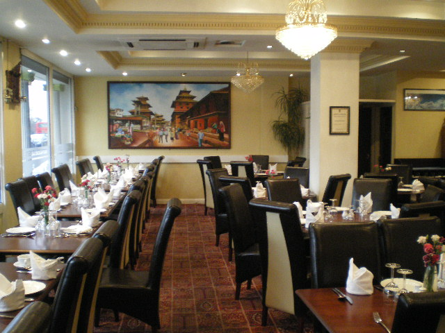 LIC RESTAURANT/BAR + ACCOM, GREENFORD, MIDDLESEX