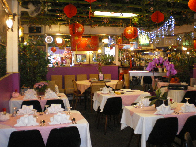 LICENCED CHINESE RESTAURANT WITH ACCOMMODATION NORTH LONDON N10