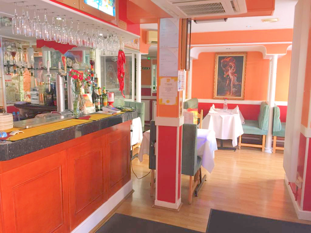 FREEHOLD RESTAURANT WITH ACCOMODATION AND SEPARATE HOUSE, HERTFORDSHIRE