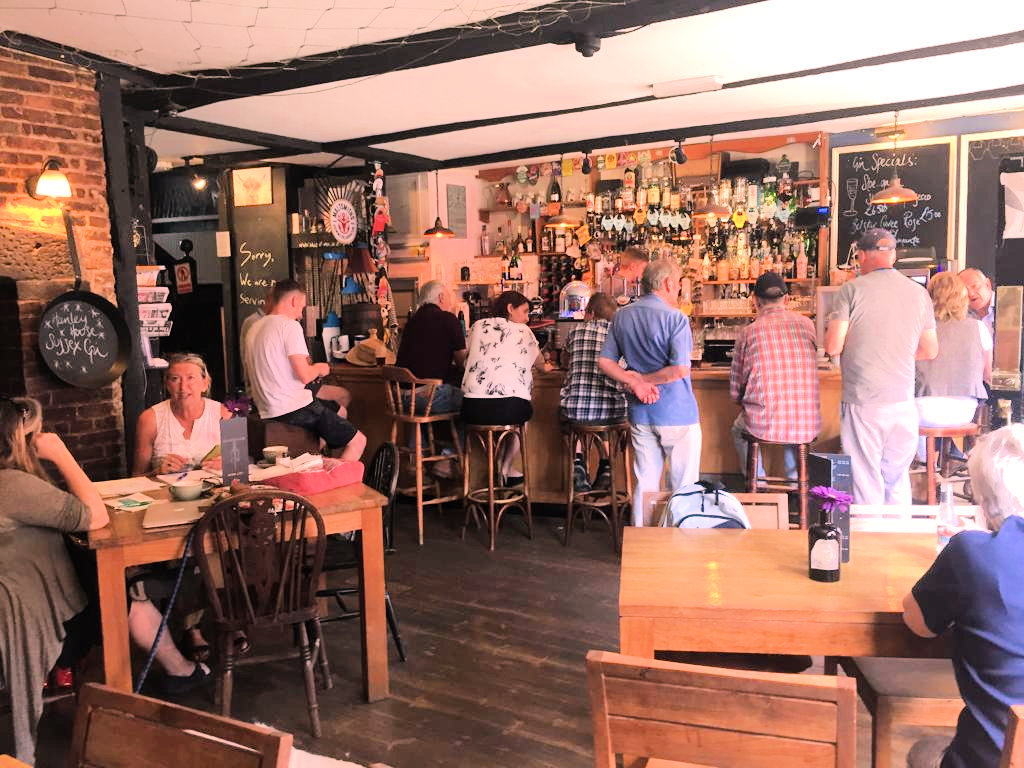 GREAT TRADITIONAL PUB WITH ACCOMMODATION, EAST SUSSEX