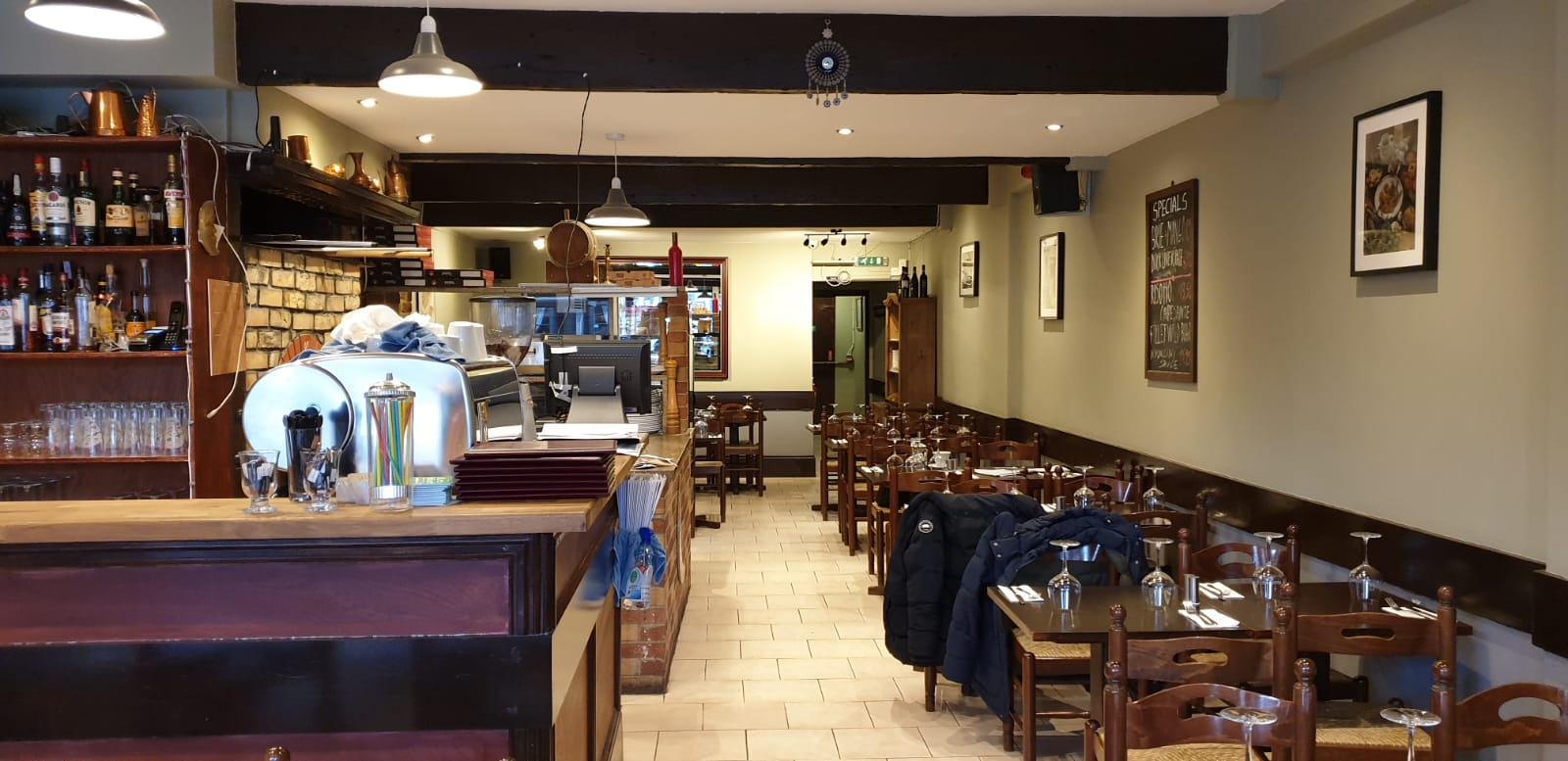 COSY ITALIAN RESTAURANT, SOUTH EAST LONDON